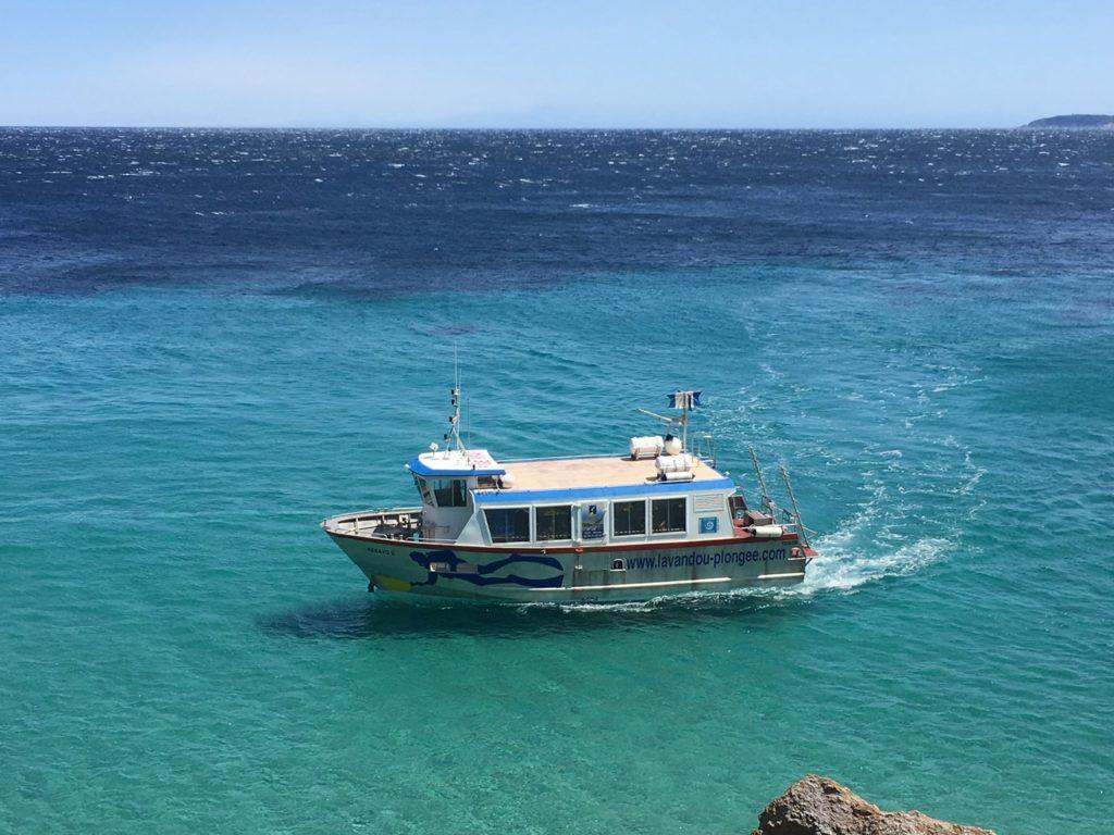 Navire de plongée KENAVO II